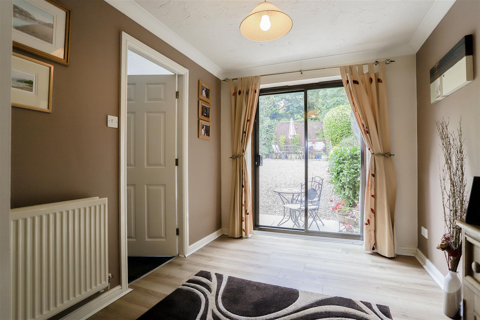 3 Bedroom Detached House For Sale - 12.jpg